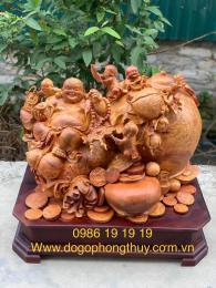 Tượng di lặc gỗ Nu Hương Krongpa