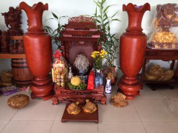 Ban thờ thần tài thổ địa gỗ hương Gia Lai