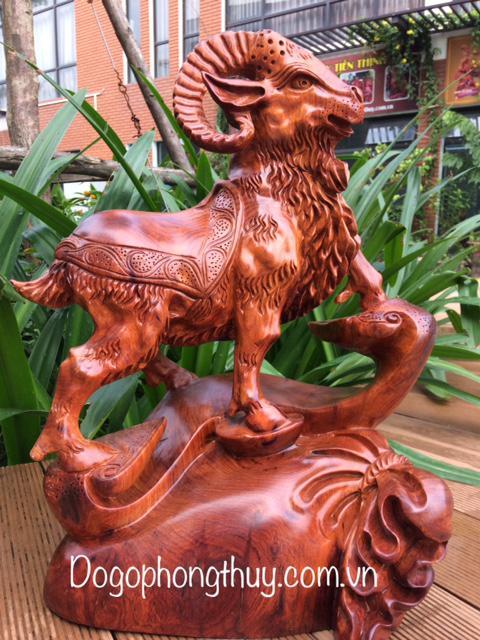 Tượng Dê Phong thủy gỗ hương
