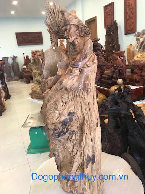 Tượng Tê công gỗ ngọc am
