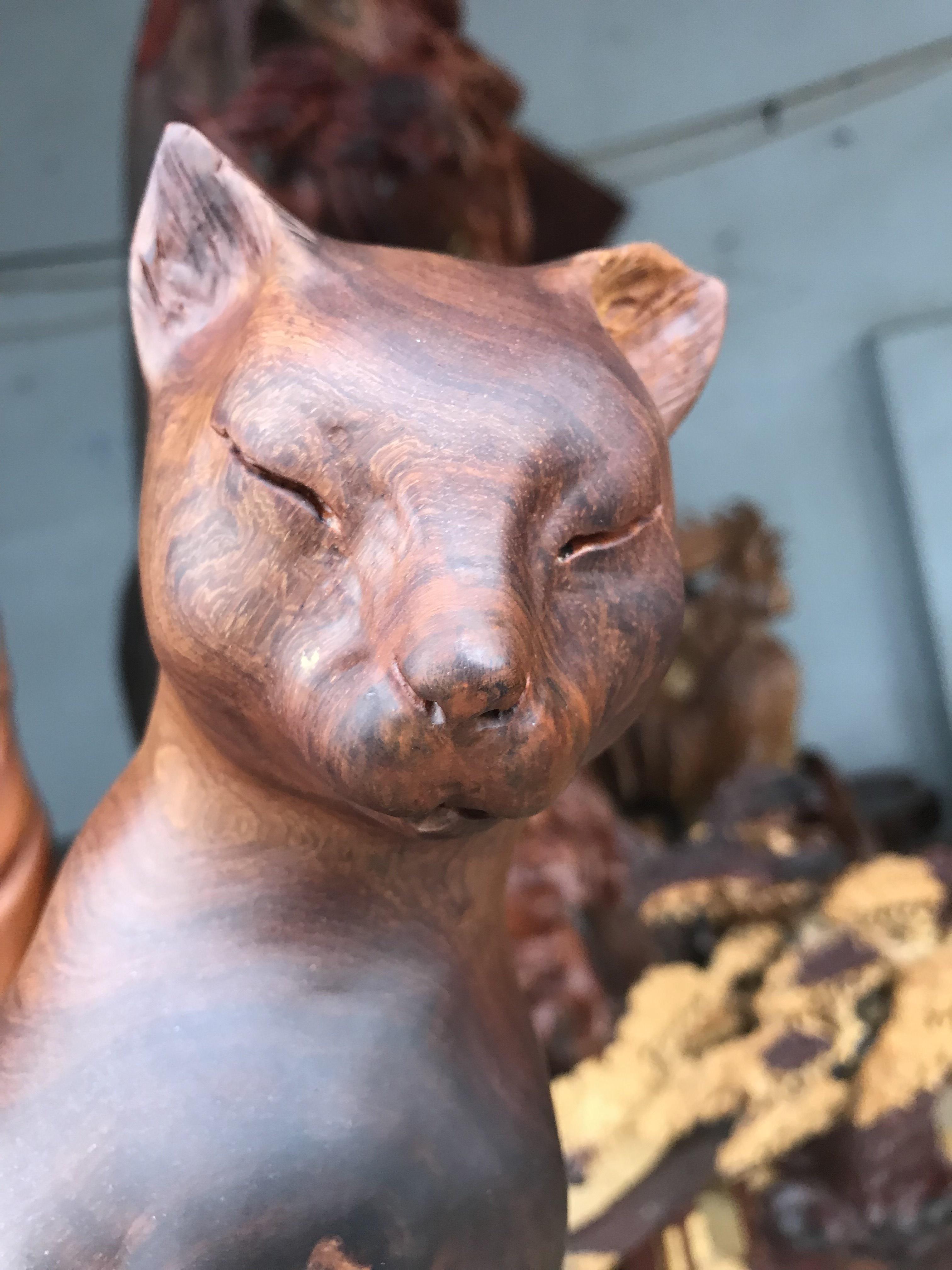 Tượng mèo gỗ phong thủy