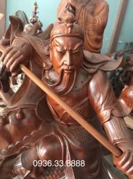 Tượng quan công cưỡi ngựa, gỗ hượng Gia Lai nguyên khối