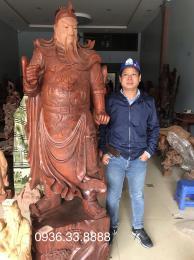 Tượng Quan Công trấn ải, gỗ hương Đaklak cao 2m50