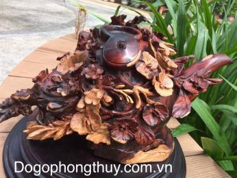 Bình phú quý tài lộc, hoa mai chim én  phong thủy gỗ Trắc Đăklak