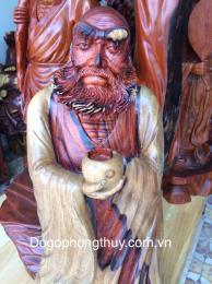 Tượng đạt ma khất thực, gỗ cẩm lai Đaklak nguyên khối