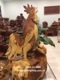 Tượng gà trống gỗ hương Gia Lai nguyên  khối