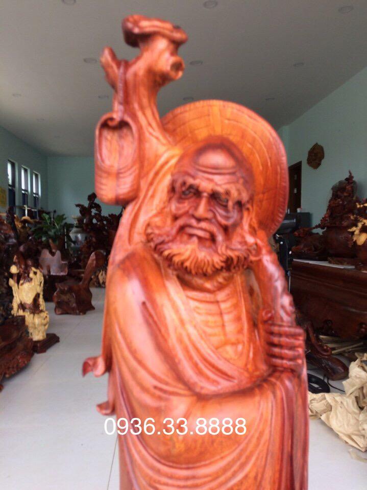 Tượng đạt ma đứng gốc túng gỗ hương đá Krongpa Gia lai