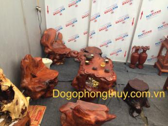Bộ bàn ghê gốc cây, gỗ hương Gia Lai nguyên khối