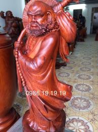 Tượng Đạt Ma giáo hóa, Gỗ Hương Đaklak nguyên khối