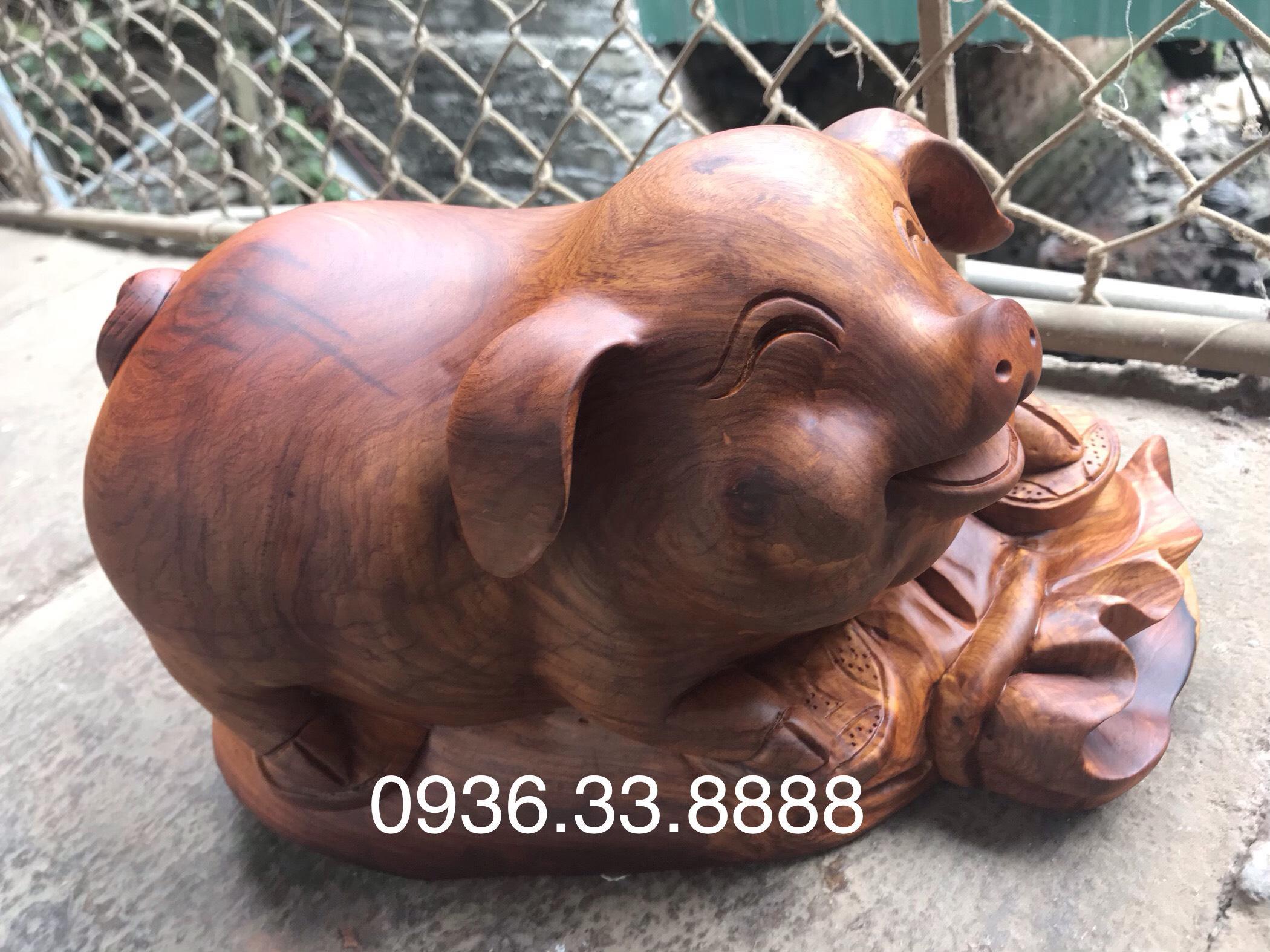 Tượng Heo Phong thủy Gỗ Hương Gia Lai