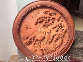 Tranh đĩa tùng hạc gỗ hương Gia Lai nguyên khôi