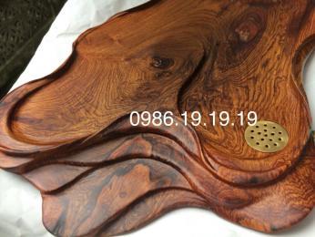 Khay trà phong thủy, gỗ cẩm lai Đaklak nguyên khối