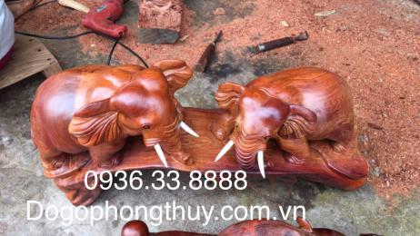 Tượng voi phong thủy, gỗ hương nguyên khối