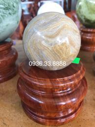 Quả cầu đá phong thủy vân gỗ tự nhiên