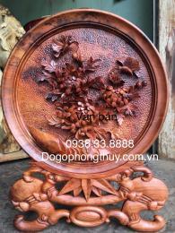 Tranh Đĩa hoa phù dung,gỗ nu huyết Long nguyên khối