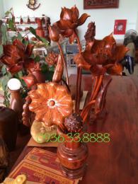 Bình hoa sen, gỗ hương Gia lai