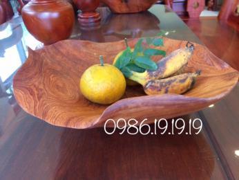 Đĩa đựng hoa quả, gỗ hương gia Lai nguyên khối