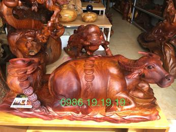 Tượng Trâu Tài Lộc Gỗ Hương Phong Thủy