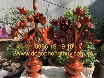 Hoa sen thờ gỗ hương