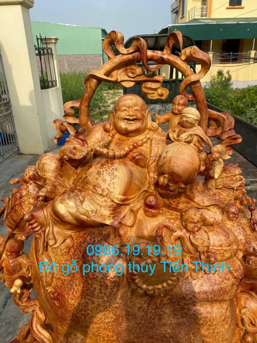 Tượng di lặc gỗ Nu Hương Khủng